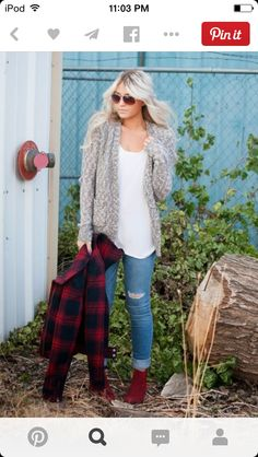 I loved the mixed knit look of this cardigan!