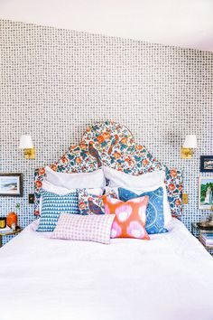 It all started with a visit last fall to my newfound favorite destination for textile inspiration and indulgence, Well Made Home. Melanie Mount & Kelly Willrich, friends and former Pottery Barn executives, founded the full… Neutral Bedroom Decor, Home Decor Bedroom, Guest Bedrooms, Girls Bedroom, Blue Bedrooms, Bedroom Orange, Decoration, Room Inspiration, Blue Orange