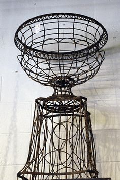 1000 Images About Vintage Wire And Wicker On Pinterest