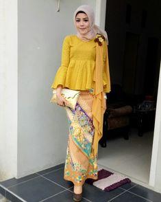 Kebaya Hijab, Kebaya Dress, Dress Pesta, Kebaya Muslim, Muslim Dress, Kebaya Brokat, Batik Kebaya, Modern Hijab Fashion, Batik Fashion