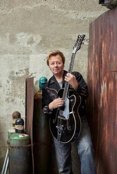 ♫'''...Brian Setzer Announces 'Rockin' Rudolph' Christmas Album — Video (Posted 07/28/2015 at 1:22pm | by Guitar World Staff)...☺...'''♫ http://www.guitarworld.com/brian-setzer-announces-rockin-rudolph-christmas-album-video/25106