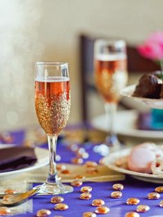 Make glitter champagne flutes with these simple step-by-step instructions from HGTV.com.