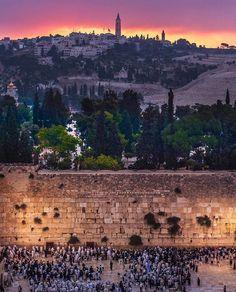 "Embassy of Israel (@israelinusa) on Instagram: ""Thousands of people visit the WesternWall to observe Tisha B'Av."