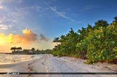 Jensen-Beach-Florida-Along-the-Coast-Indian-Riverside-Park-Martin-County.jpg (1200×799)