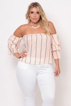 Curvy Sense - Trendy Plus Size Tops Looks Plus Size, Curvy Plus Size, Trendy Plus Size, Plus Size Tops, Curvy Girl Fashion, Look Fashion, Fashion Outfits, Fashion Trends, Womens Fashion
