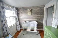 nursery plank wall straigh