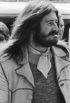 John Bonham of Led Zeppelin Rock N Roll, Rock And Roll Bands, Great Bands, Cool Bands, Samba, Robert Plant Led Zeppelin, John Paul Jones, John Bonham, Greatest Rock Bands