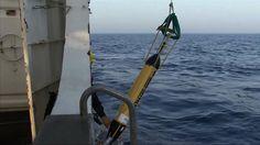 Egipto encontró restos del avión de EgyptAir - http://a.tunx.co/k0S5X