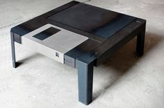 Unique and Elegant Coffee Table in Giant Floppy Disk Figure – Floppy Disk Table - The Great Inspiration for Your Building Design - Home, Building, Furniture and Interior Design Ideas Retro Coffee Tables, Coffe Table, Retro Table, Floppy Disk, Oldschool, Diy Décoration, Home Decor Items, Game Room, Decorative Items