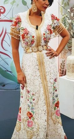 Caftan 2018 Blanc - Collection de Luxe & Raffinement - Caftan Marocain Boutique 2018 Vente Caftan au Maroc France