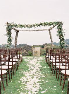 Photography: Caroline Tran - carolinetran.net  Read More: http://www.stylemepretty.com/2015/04/13/pastel-malibu-ranch-wedding/