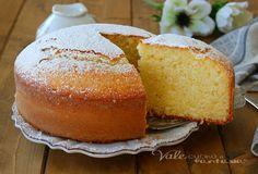 Light Fruit Cake Recipe, Easy Tiramisu Recipe, Cake Recipes, Dessert Recipes, Sweet Cooking, Oil Cake, Torte Cake, Lemon Oil, Lemon Desserts