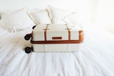 9 Things To Pack for A Tropical Vacation | www.TakeAim.nu
