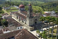"""#SemanaSanta en Guadalupe Santander, """"Pueblito Lindo y Cordial"""" Sede del Santuario Diocesano de Ntra Sra de Guadalupe"""