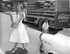 1950s life Shopping in heels and a beautiful dress.