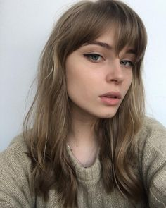 Cute Hairstyles With Bangs Long Pretty Hairstyles, Bob Hairstyles, Bangs Hairstyle, Hair Inspo, Hair Inspiration, Brown Blonde Hair, Haircuts With Bangs, Hair Trends, Hair Goals
