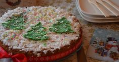 Πρόλαβα ή φτιάξατε τη βασιλόπιτα σας? Αν σας αρέσει η καρύδα τότε έχω να σας προτείνω την πιο τέλεια βασιλόπιτα κέϊκ με γεύση καρύδα και λ... Greek Sweets, Healthy Living, Gluten Free, Yummy Food, Cake, Desserts, Recipes, Glutenfree, Tailgate Desserts