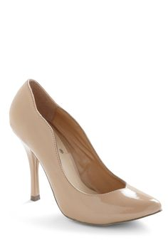 If the toe wasn't pointy, these would be amazing, but i still really like the edging