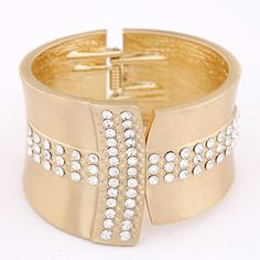 Zinc Alloy Bangle, gold color plated, with rhinestone, lead & cadmium free, 68x50mm, Inner Diameter:Approx 68mm, Length:Approx 7.5 Inch,china wholesale jewelry beads