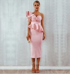 One Shoulder Ruffle Dress Bodycon Cocktail Midi Dress , available in 6 colors, this beautiful dress would make your evening party perfect. Party Dresses For Women, Club Dresses, Formal Dresses, Elegant Dresses, Pretty Dresses, Sexy Dresses, Dress Outfits, Pink Ruffle Dress, Dress Red