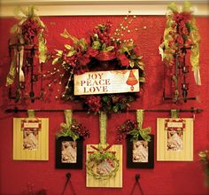 Creating a Dramatic Focal Point in Your Home - Change ribbon and pictures for each season!
