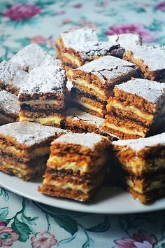 Romanian Food, Beignets, Something Sweet, Cookie Recipes, French Toast, Good Food, Sweets, Lunch, Cookies