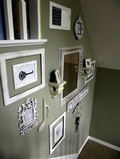 wall decor and wall color Neat idea First Home Key, Dining Room Walls, Living Room, Interior Decorating, Interior Design, Decorating Ideas, Thrifty Decor, Grey Walls, Cozy House