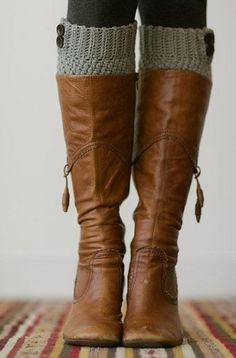 Love these tall riding boots, they look so soft and relaxed!