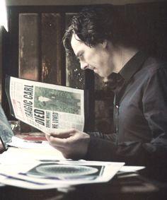 Sherlock on the case Benedict Sherlock, Sherlock Holmes Benedict, Benedict Cumberbatch Sherlock, Sherlock John, Martin Freeman, Elementary My Dear Watson, Benedict And Martin, Mrs Hudson, Bbc Tv Series