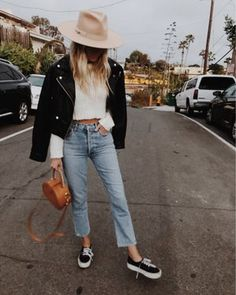 Mode Outfits, Trendy Outfits, Fall Outfits, Late Summer Outfits, Dress Outfits, Fashion 60s, Fashion Outfits, Petite Fashion, Fashion Styles
