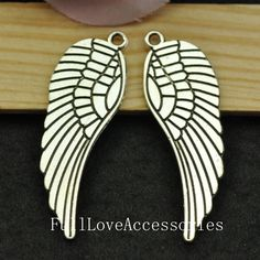 10pcs Antique Silver Angel Wing Charms by FullLoveAccessories