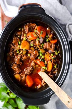 Serve up a hot meal without the fuss for your family tonight: This crock pot beef stew is the perfect easy comfort food. It is simple to prepare in the slow cooker, made entirely from scratch for a healthy dinner! It is the best kind of slow cooker meal you can sit down to.   #recipes #easyrecipes #dinner #easydinner #slowcooker #crockpot #stew #beef #beefrecipes #beefstew #slowcookerrecipes #crockpotrecipes #healthyfood #healthyrecipes #healthyeating #healthycooking Beef Stew Crockpot Easy, Slow Cooker Beef, Slow Cooker Recipes, Crockpot Recipes, Beef Stew Recipes, Meatloaf Recipes, Lunch Recipes, Yummy Recipes, Soup Recipes