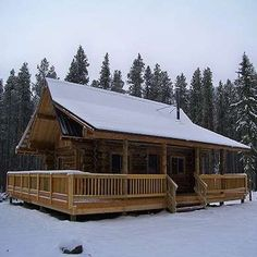 One-of-a-kind log-built Montana Mobile Cabins feature full front porches, rustic wood ceilings, and natural wood floors. Each house is custom-designed and handcrafted.