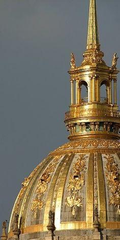 Dome of les Invalides, Paris VII. Officially known as L'Hôtel National des Invalides