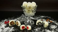 Low Calorie Cake, Easy Desserts, Truffles, Cake Pops, Punch Bowls, Food Videos, Panna Cotta, Raspberry, Ice Cream