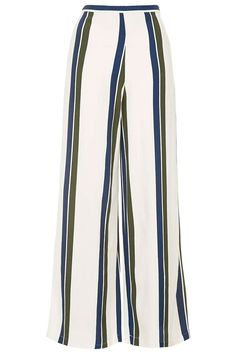 Beauty Tips, Celebrity Style and Fashion Advice from InStyle Clown Suit, Honeymoon Outfits, Honeymoon Clothes, Striped Wide Leg Trousers, Packing Clothes, Holiday Outfits, Fashion Advice, Everyday Fashion, Cool Outfits