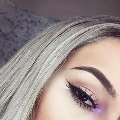 Makeup Video Dj by Pink Eyeshadow Looks Step By Step – Make Up Time Pink Eyeshadow Look, Neon Eyeshadow, Bright Eye Makeup, Eyeshadow Makeup, Eyeliner, Pop Of Color Eyeshadow, Iridescent Eyeshadow, Cute Makeup, Glam Makeup