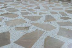 piso de granilite com reaproveitamento do mármore original