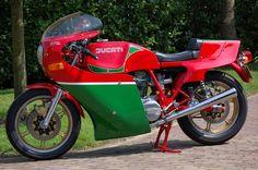 Restored Ducati 900  #motorcycles #motorbikes #motocicletas