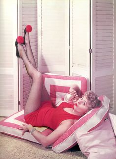 Shelley Winters, c.1940s