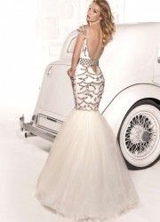Light up the night with glamorous Tarik Ediz gowns. Designer Prom Dresses and Exclusive Evening Gowns are synonymous with opulence & allure Unique Dresses, Beautiful Dresses, Dress Backs, Dress Up, Bridal Gowns, Wedding Dresses, Designer Prom Dresses, Mermaid Dresses, Evening Dresses