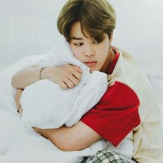 Jimin in bed is the concept we all need.