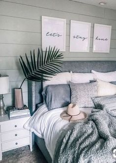 "Gray, white, cozy bedroom decoration: ""Let's stay home - Home sweet home - Bedroom Decor Pretty Bedroom, Dream Bedroom, Beach House Bedroom, Summer Bedroom, Diy Home Decor Rustic, Modern Decor, Rustic Modern, Cool Home Decor, Decor Diy"