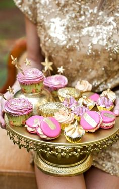 gold & pink glitter #macaroons