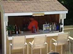 LOVE my outside bar on the deck right by the pool :p