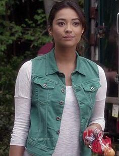 Emily's teal blue denim vest on Pretty Little Liars.  Outfit Details: http://wornontv.net/16210/ #PrettyLittleLiars