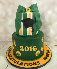 Amazing Baylor University graduation cake!