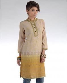 Linen-like cotton, gold block printing, nehru collar and ochre with jeans. Beautiful.