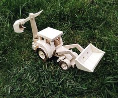 LadislavKurnota / Bager Wooden Toys, Car, Tractor, Wooden Toy Plans, Wood Toys, Automobile, Woodworking Toys, Autos, Cars