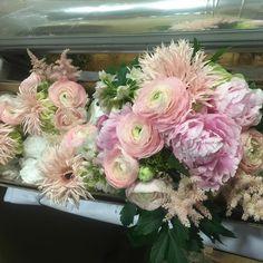 Mayflowers Floral Studio - This #WeddingWednesday is also a #waybackwednesday...
